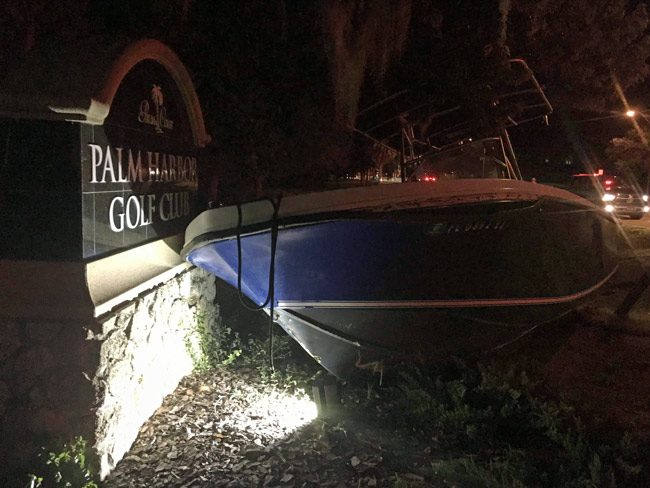 boat crashes palm harbor golf course