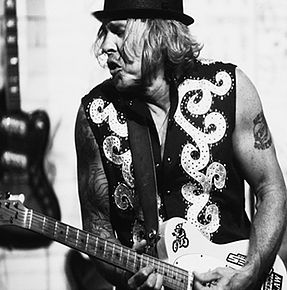Jeffrey Steele.