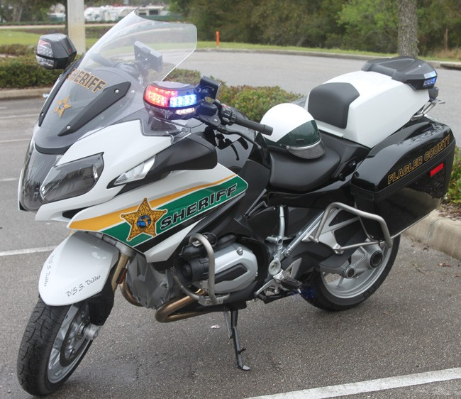 Sheriff's Motorcycle Unit Shifts From Harleys To BMWs For ...
