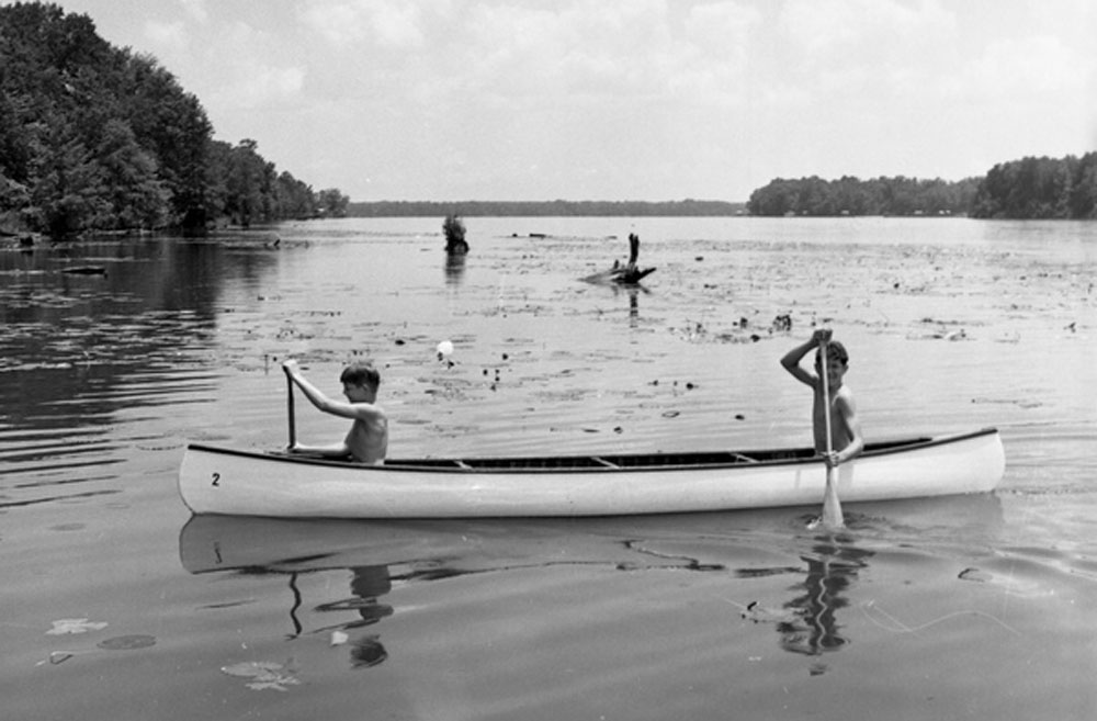 Boy Scouts canoeing on Lake Talquin at the Wallwood Boy Scout Reservation in Gadsden County, in 1968. (Florida Memory)
