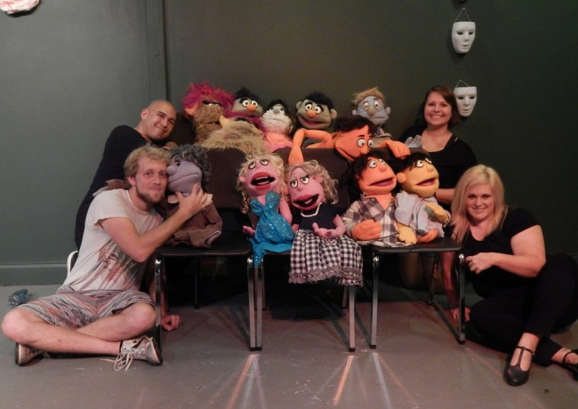 avenue q cast and puppets