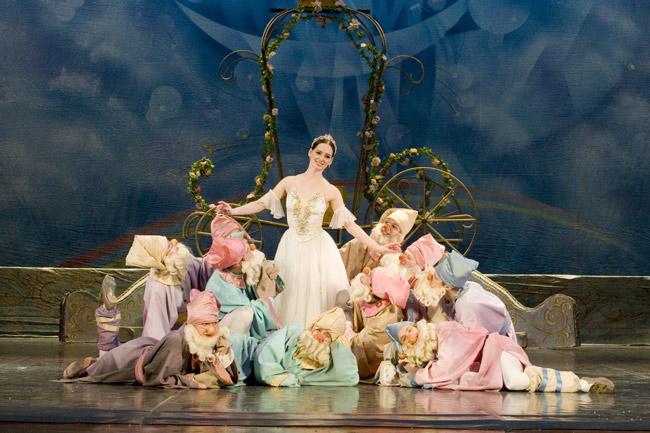 Cinderella wears Prada.
