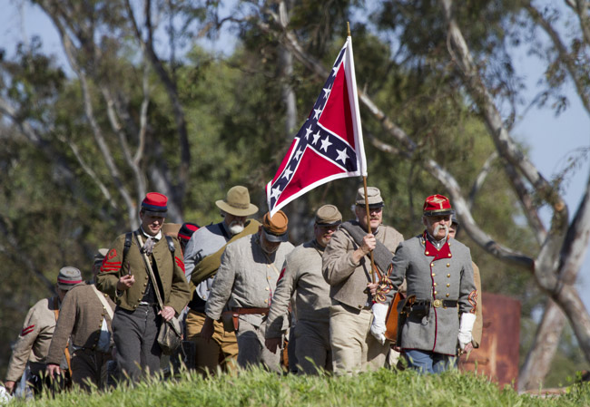 confederate flag civil war reenactment