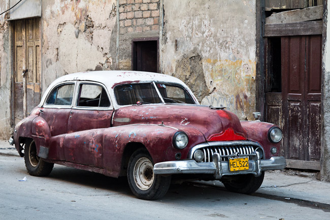 A Plymouth in today's Havana, where some American politicians, among them Marco Rubio, would prefer to keep it in the 1950s. (Franck Vervial)