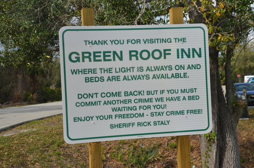 Anthony Fennick S Death And The Sheriff S Green Roof Inn