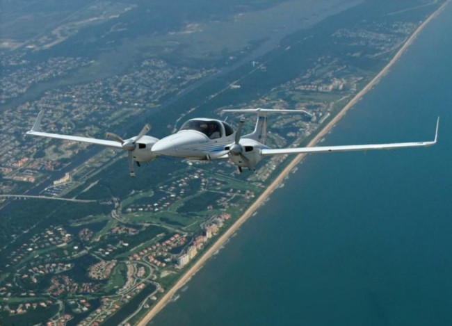 An Embry-Riddle Diamond DA42. Click on the image for larger view. (© FlaglerLive)
