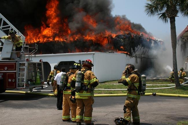 Fire Guts 4 Unit Condo Block In Flagler Beach Fire