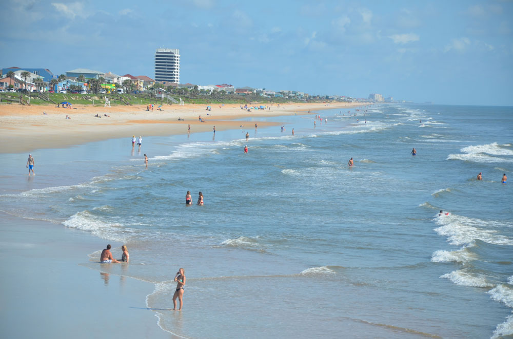 Flagler Beach has no plans to close its beach over the July 4 weekend, as several counties in South Florida are doing. (© FlaglerLive)