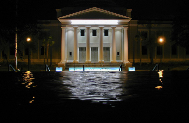 Night falls on the Florida Supreme Court. (Stephenie Smith)