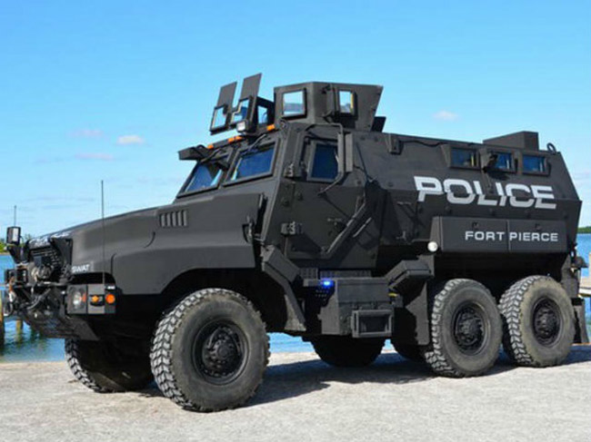 armored vehicles police