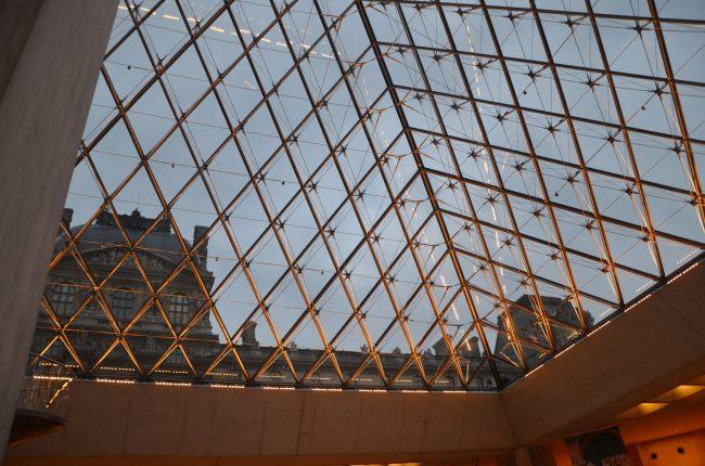 i.m. pei louvre pyramid