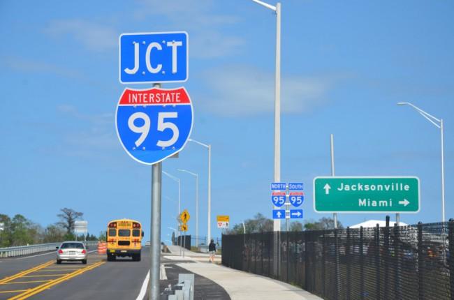 i-95 road signs