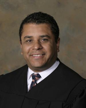judge-raul-zambrano