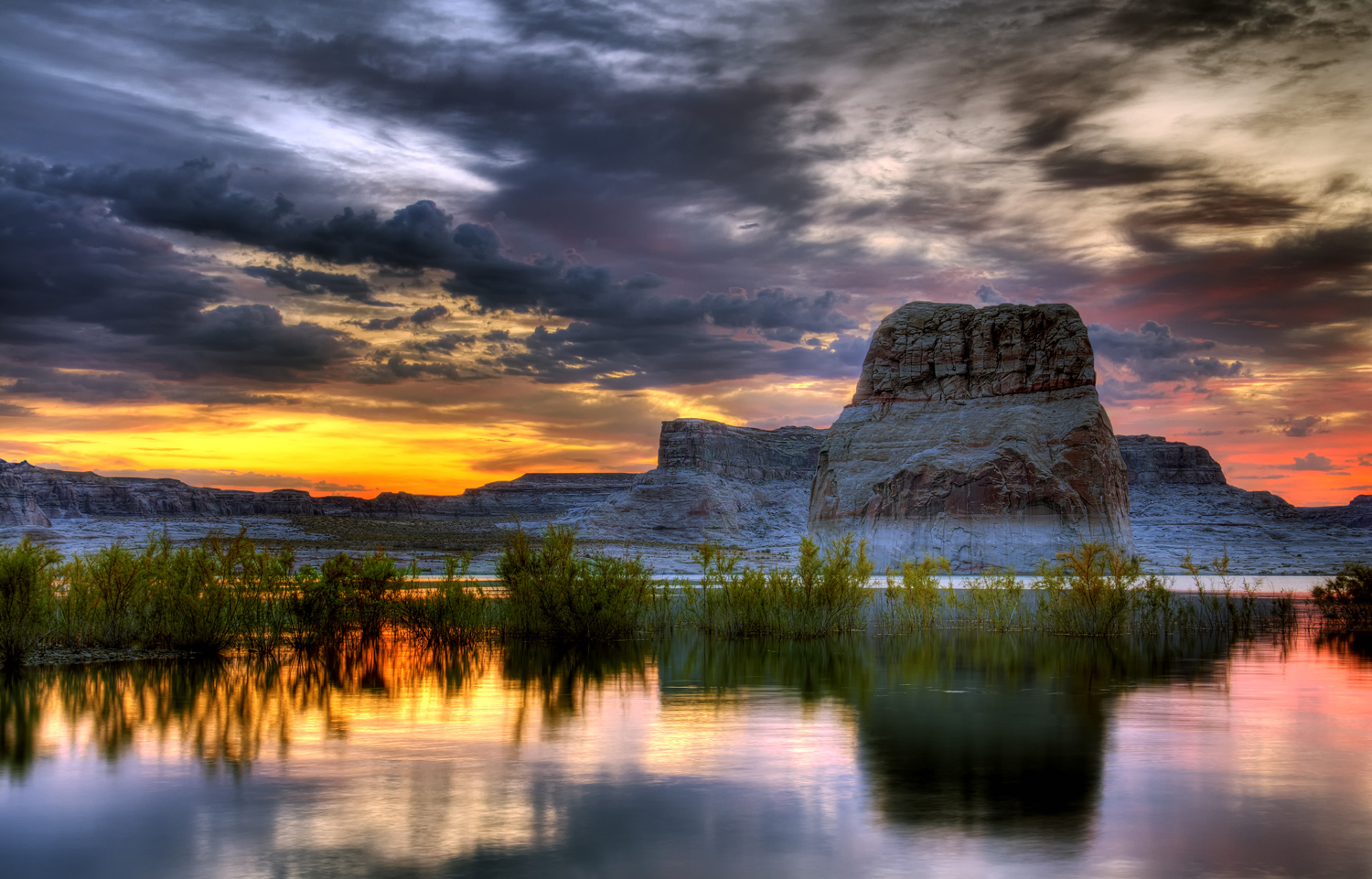 lake powell Save see tripadvisor's lake powell, utah hotel deals and special prices on 30+ hotels all in one spot find the perfect hotel within your budget with reviews from real travelers.