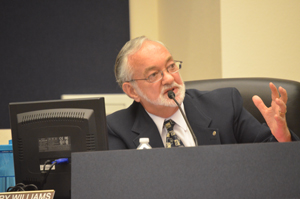 City Manager Larry Williams pleads his case. (© FlaglerLive)