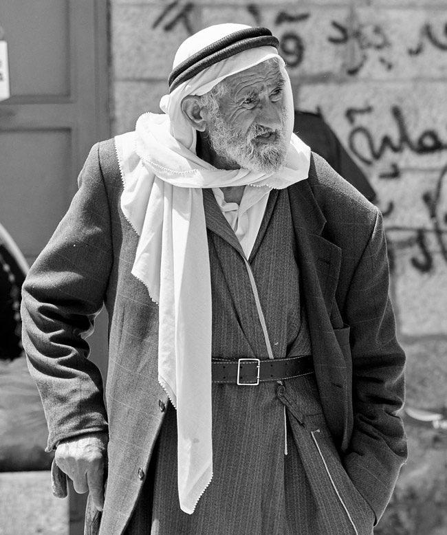 A man in Bethlehem. (Edgardo W. Olivera)