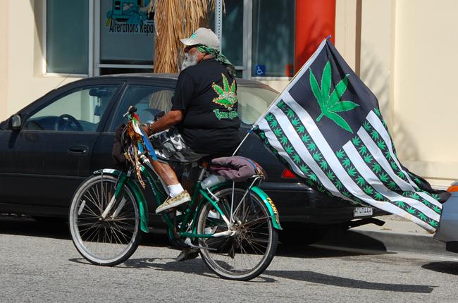 A pro-legalization flag-waver. (MaxVT)