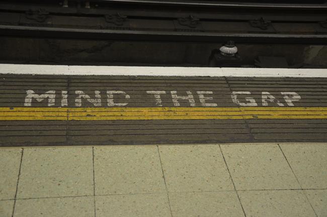mind the gap subway london