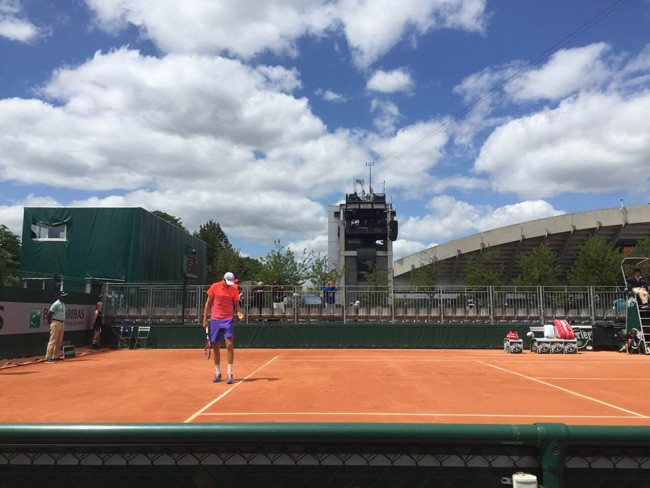 Reilly Opelka during his match at Rolland Garros in Paris today. (George Opelka)