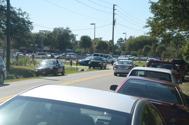 Consultants cited the daily jams along Parkview Drive, near Wadsworth Elementary, among their safety concerns in a series of analyses of student safety and traffic patterns around Palm Coast's and Bunnell's schools. (© FlaglerLive)