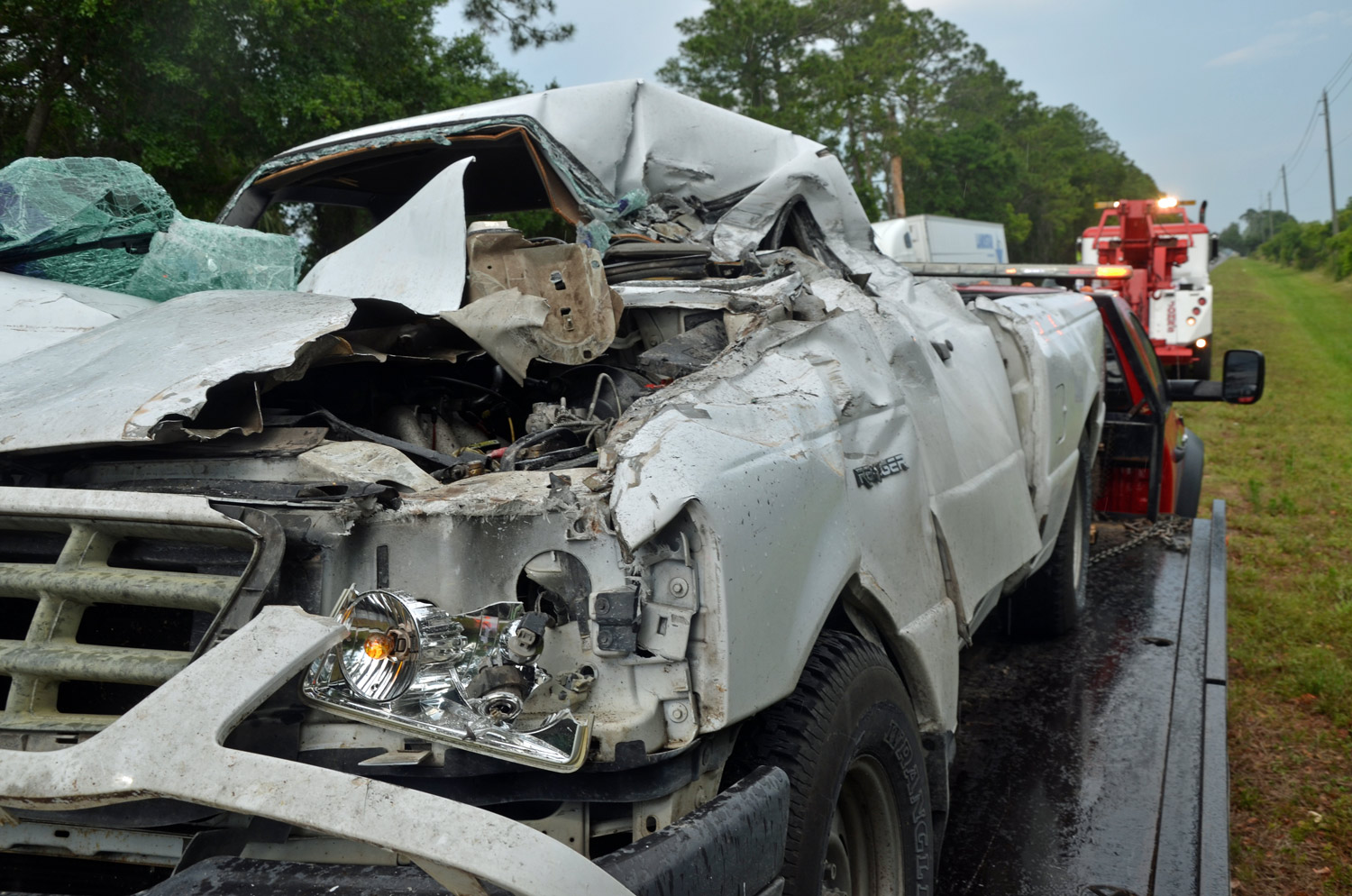Pick Up Truck Nearly Decapitated In Rig Collision On Sr100