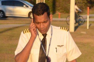 Raul d'Souza, a new Sully Sullenberger, immediately after the landing. Click on the image for larger view. (© FlaglerLive)