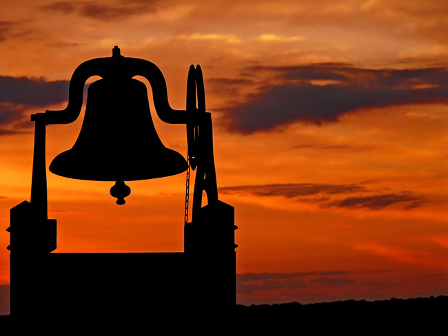 Middle school bells will be ringing at the crack of dawn during the 2013-14 school year. (oh Kaye)
