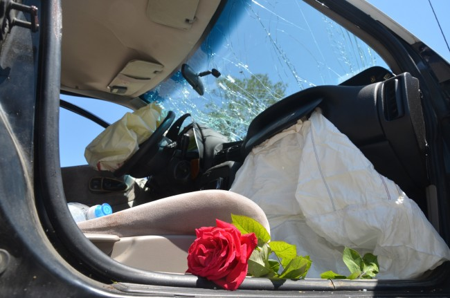 A fresh rose was in the victim's car. Click on the image for larger view. (© FlaglerLive)