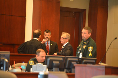 Sidebar: Judge Craig, Assistant State Attorney Joe LeDonne, and defense attorney Peyton Quarles. (© FlaglerLive)