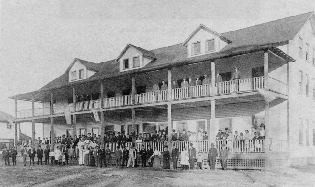 Once upon a Bull Creek: The St. Johns Park Hotel. Click on the image for larger view.  (Flagler County Historical Society)