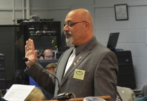Steven Nobile, taking the oath. Click on the image for larger view. (© FlaglerLive)