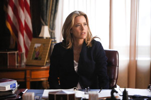 tea-leoni-madame-secretary