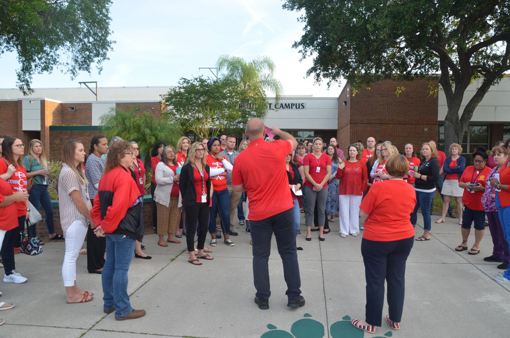 Message received: a rally for teachers by Flagler County's teachers union in 2019. (© FlaglerLive)
