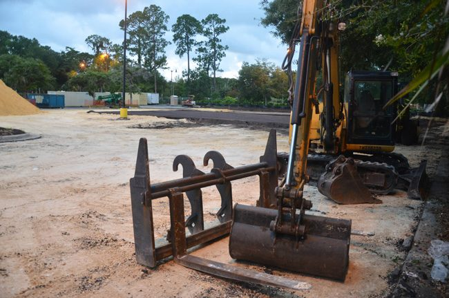 Site preparation at Texas Roadhouse's future location in the Winn-Dixie shopping center off Palm Coast Parkway. (c FlaglerLive)