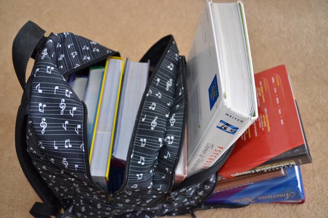 heavy textbooks florida going digital