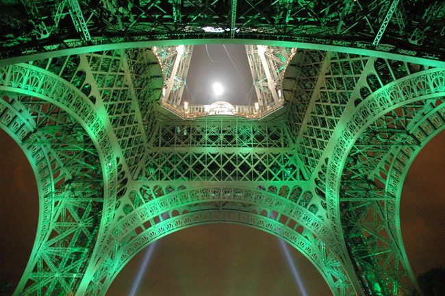The Eiffel Tower, green-lit for Rugby's World Cup a few years ago. (Cyrille)