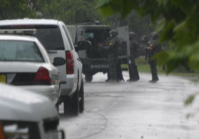 standoff in the woodlands swat team palm coast
