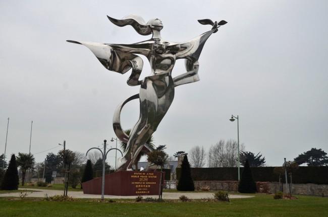 world peace statue normandy yao yuan memorial day